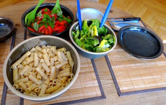 Rigatone,Gorgonzolasauce,Salate (3)