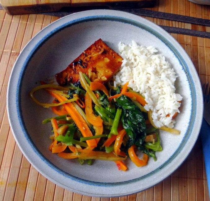 Senfgrün,Reis,Tofu,vegan (1)