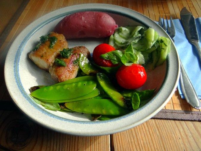Wels mit roten Kartoffeln und Kaiserschoten (14)
