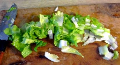 Brokkoli,Erdnußsauce,Kräutersaitlinge (13)
