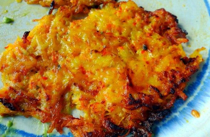 Kürbis-Kartoffel Puffer,Guacamole,Feldsalat (3)