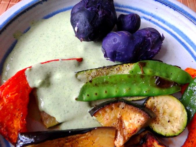 Ofengemüse,Lila Kartoffeln,Joghurt Dip (3)