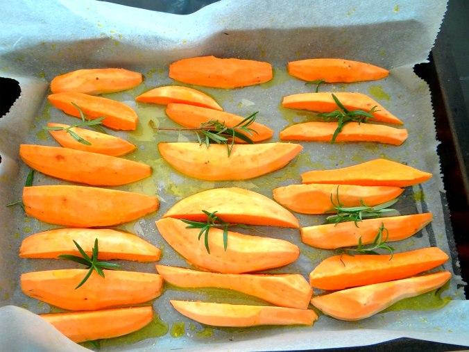 Orientalische Spezialitäten,Baba Ganoush,Süßkartoffel Pommes (14)