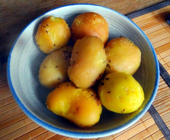 Rote Beete Gemüse,Spiegelei,Joghurtdip (7)