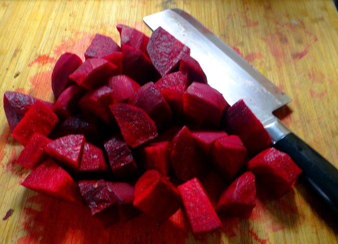 Rote Beete,Kartoffeln,Salsa, (8)
