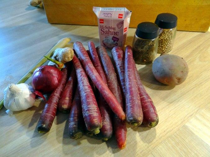 Schwarze Karottensuppe und Focaccia (4)