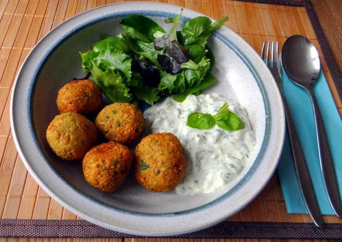 Falafel,Tzatziki,Pflücksalat (13)