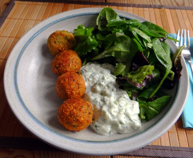 Falafel,Tzatziki,Pflücksalat (14)