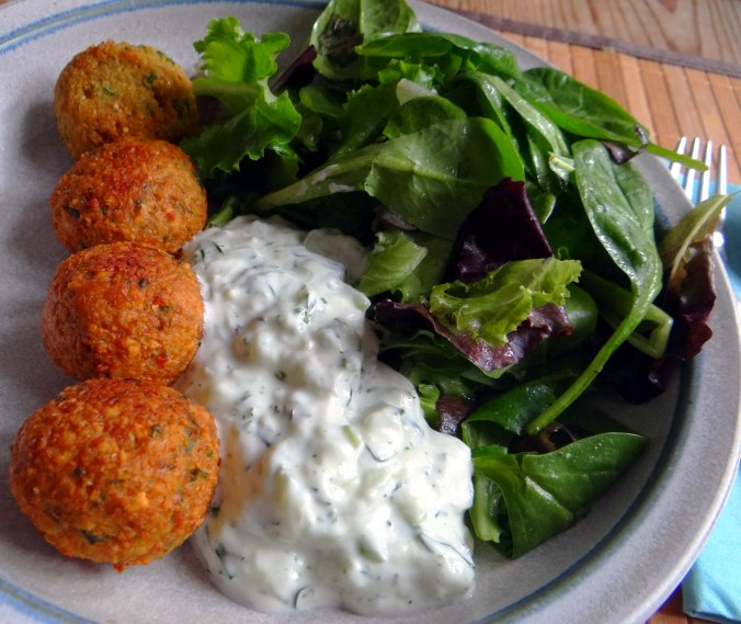 Falafel,Tzatziki,Pflücksalat (51)