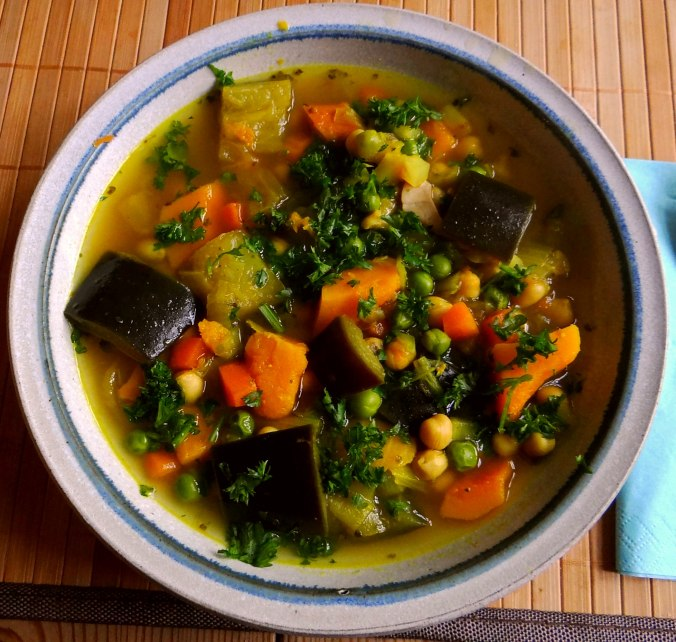 Gemüsesuppe (1)