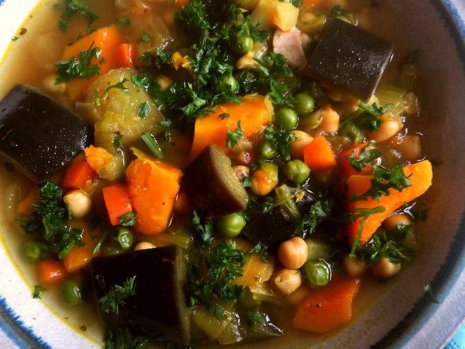 Gemüsesuppe (4)