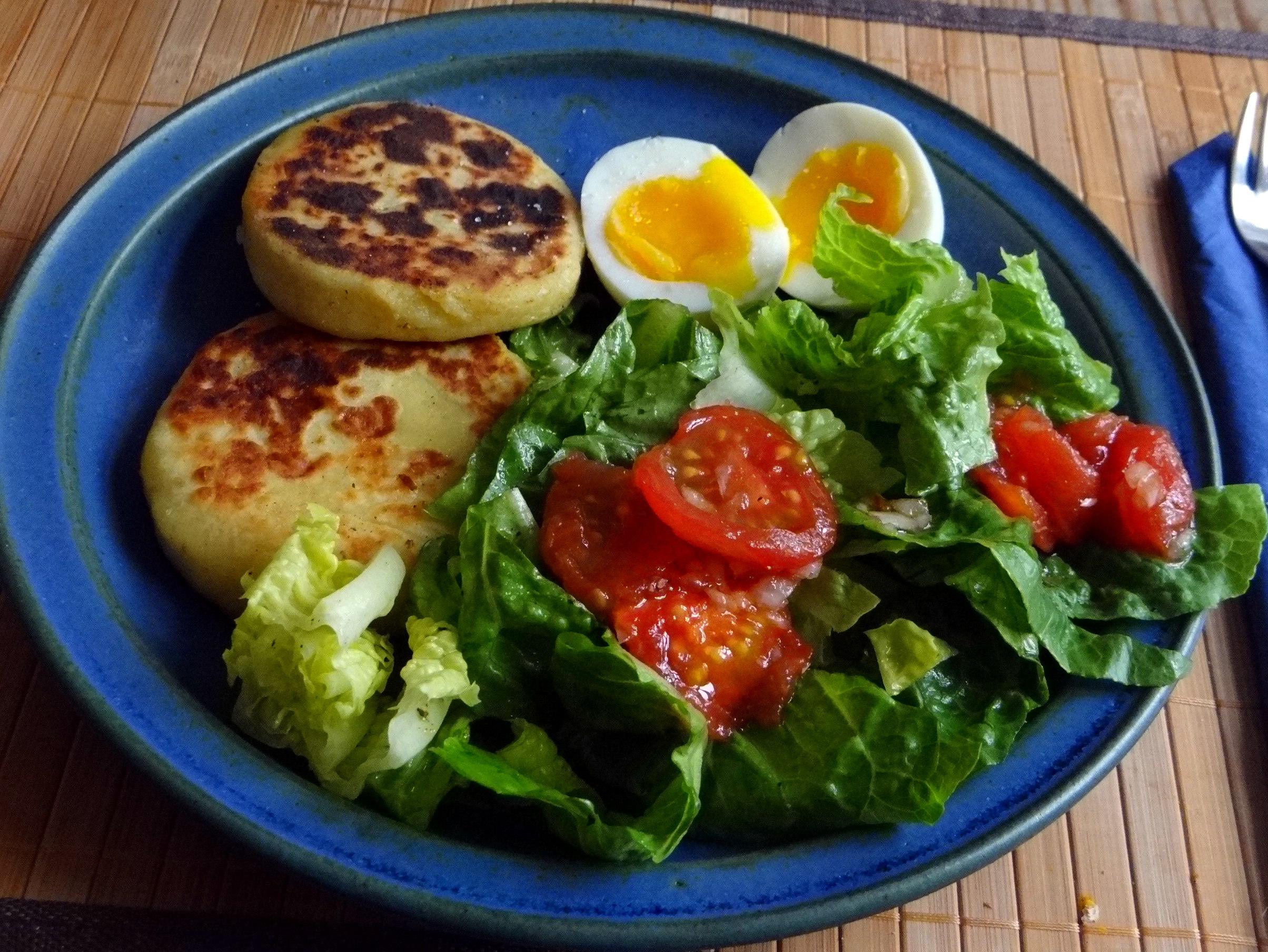 Kartoffel Taler,Ei,Salat (1)