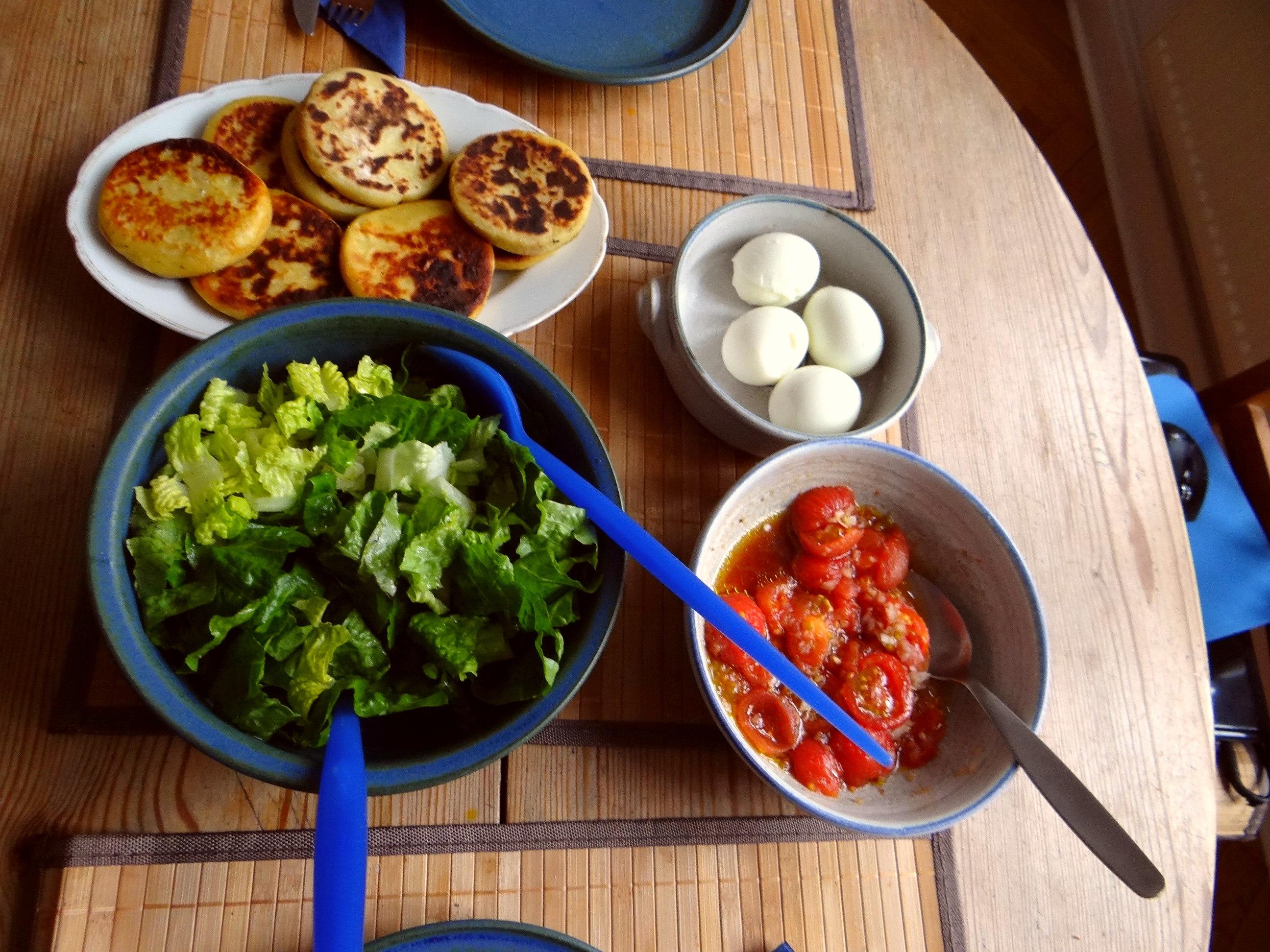 Kartoffel Taler,Ei,Salat (12)