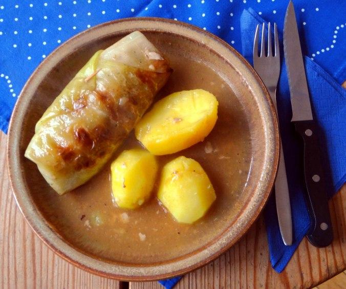 Kohlroulade,Salzkartoffel,Hollunder Pudding (2)