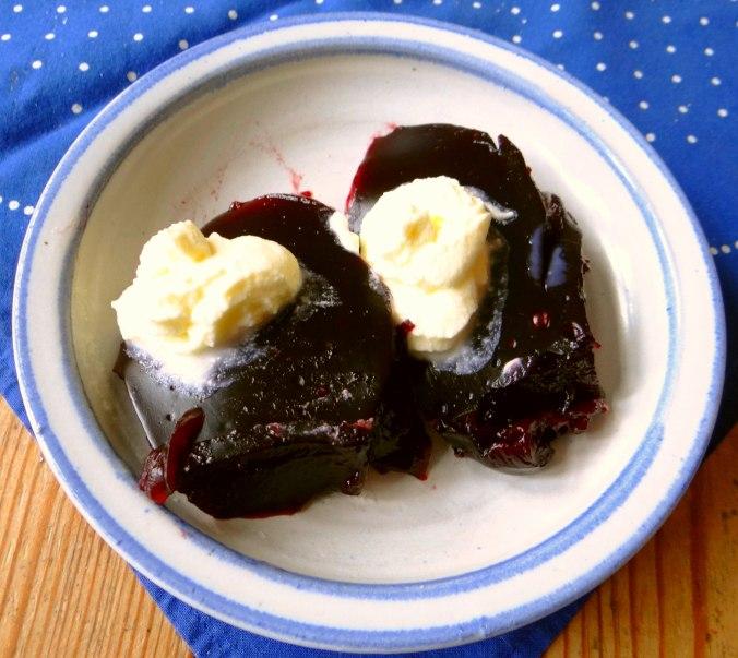 Kohlroulade,Salzkartoffel,Hollunder Pudding (4)