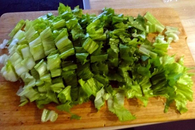 Meerrettichsauce Beinscheibe,Klöße,Salat (12)
