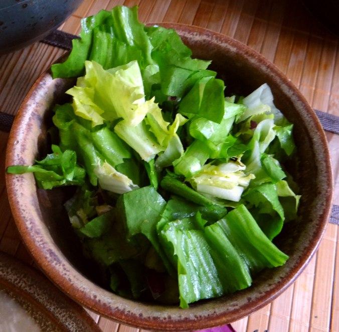 Meerrettichsauce Beinscheibe,Klöße,Salat (23)