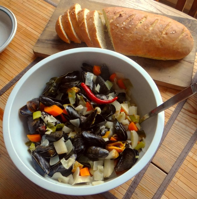Miesmuscheln,Baguette,Quark-Schlehen Dessert (4)