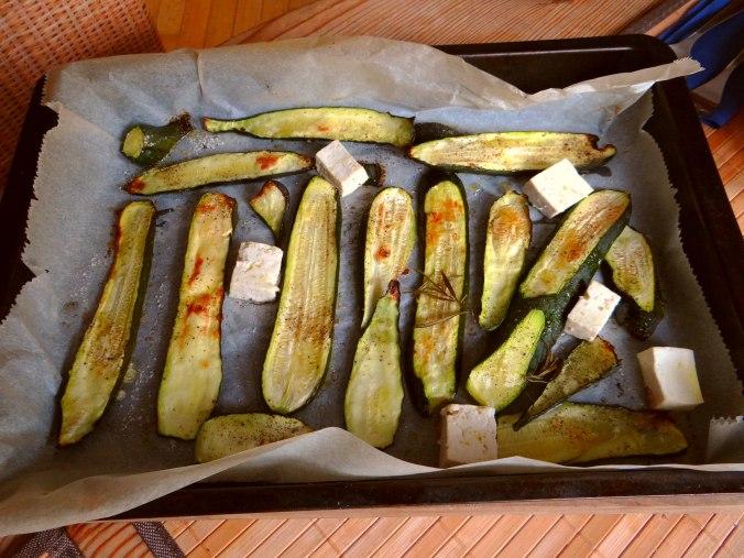 Paprika Sauce,Kartoffelstampf,Zucchini (13)