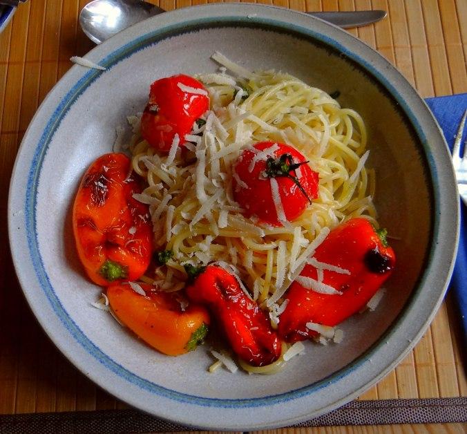 Spaghetti mit Snackpaprika (1)