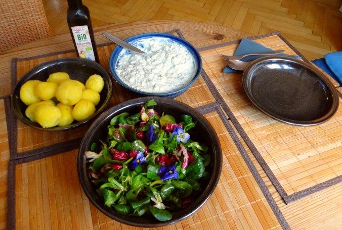 Quark und bunter Salat (3)