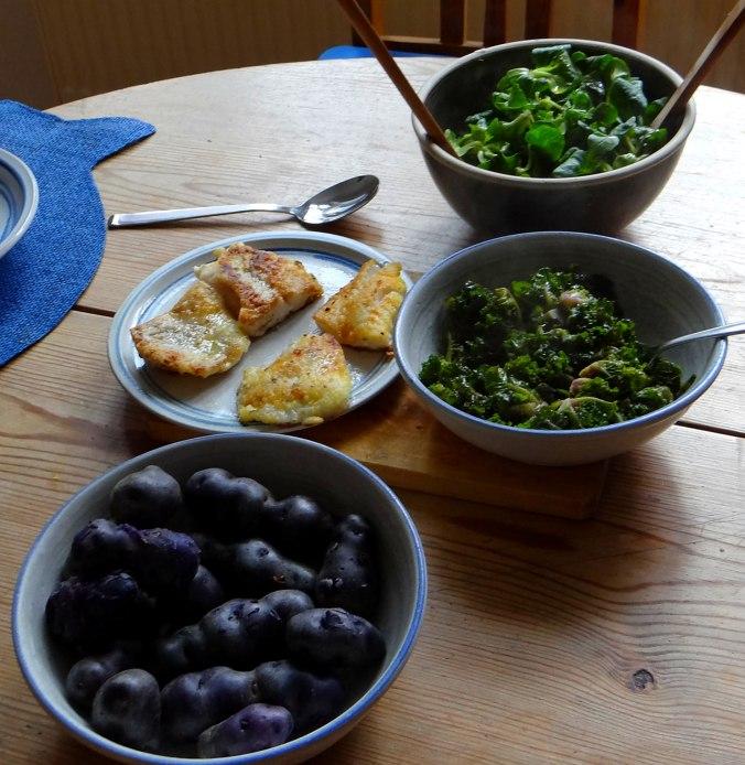 Rotbarsch,Kohlröschen,violette Kartoffeln (15)