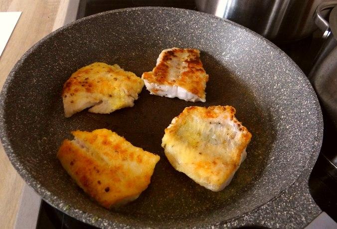 Rotbarsch,Kohlröschen,violette Kartoffeln (7)