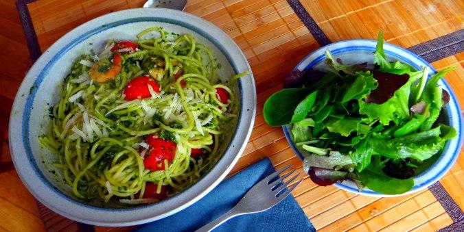 Spaghetti,Bärlauchpesto,Garnelen,Pflücksalat (4)