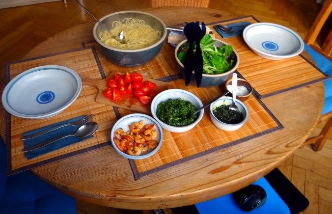 Spaghetti,Bärlauchpesto,Garnelen,Pflücksalat (5)