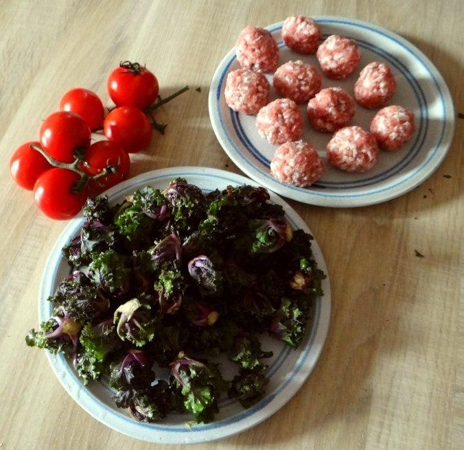 Kohlröschen,Tomaten,Mettbällchen (4)