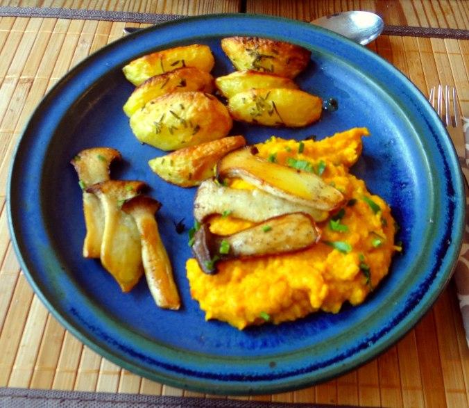 Kräuterseiling,Kartoffel Spalten,Kürbispüree (16)