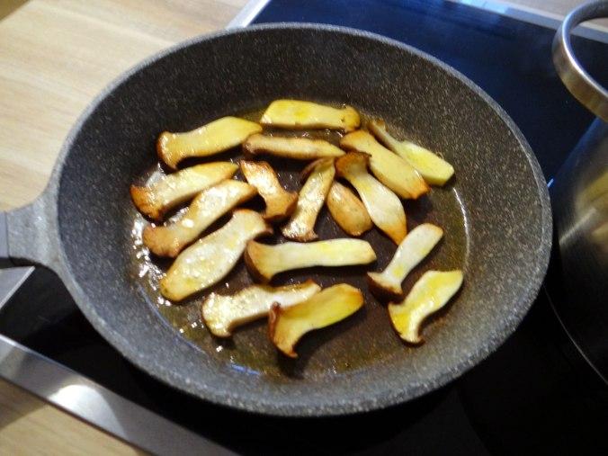 Kräuterseiling,Kartoffel Spalten,Kürbispüree (9)